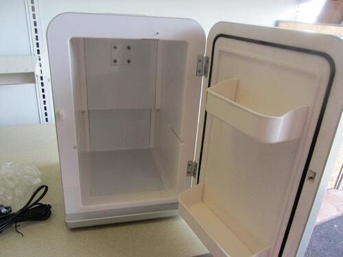 Mini Kühlschrank Fridgemaster : Minikühlschrank willhaben